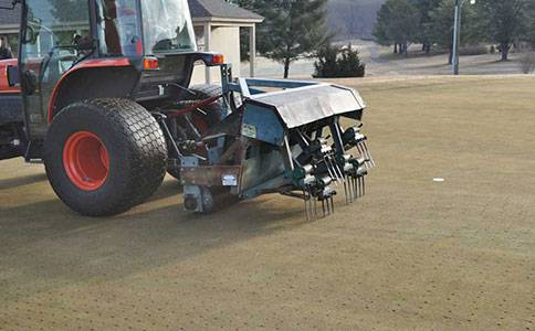 Mechanical-Service-Deep-Tine-Aeration